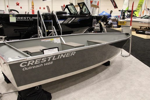 crestliner outreach 1468 wt starboard