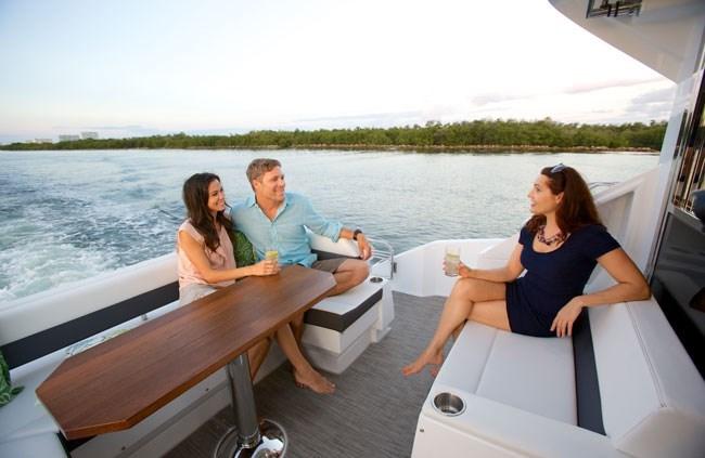 2018 Cruisers Yachts 50 Cantius Motor Yachts Boat Review