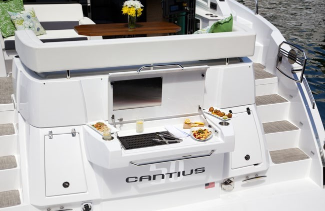 cruisers yachts 50 cantius grill