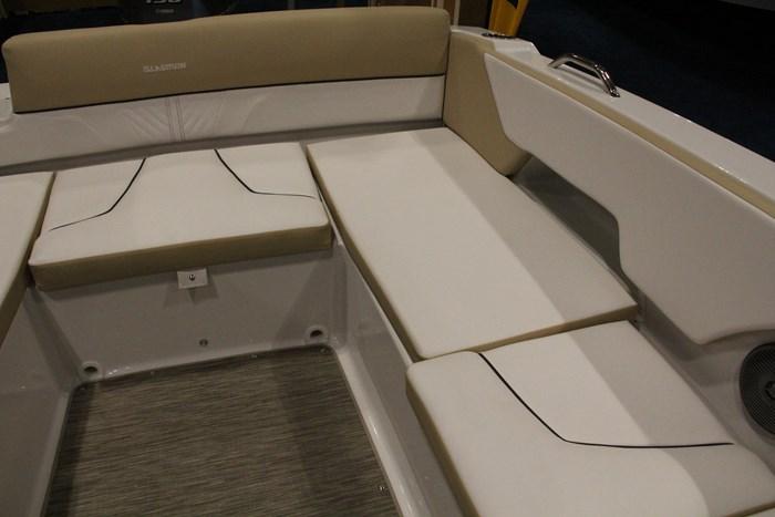 glastron gtd 200 deck boat stern seats