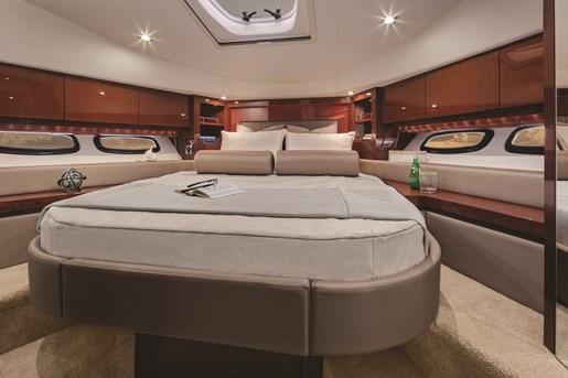 searay sundancer 510 bed