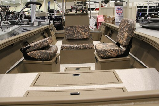smoker craft pro sportsman 2072 seats