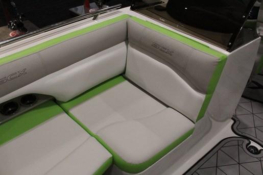 starcraft scx 211 surf seat