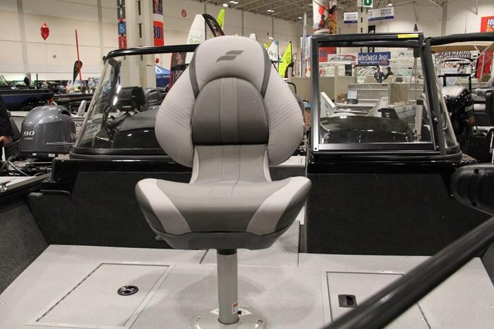 starcraft renegade 178 dc bow chair