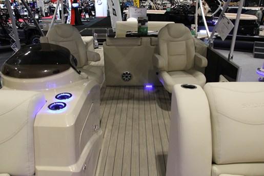 sylvan mirage  dlz le pontoon boat review boatdealersca