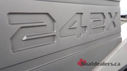 yamaha-242x-logo