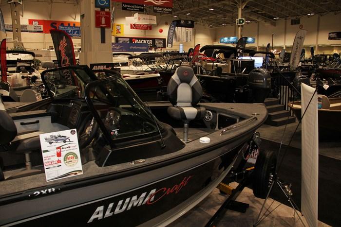 alumacraft 185 trophy boat seat