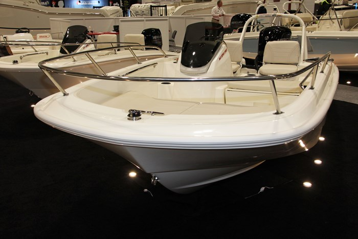 2019 Boston Whaler 160 Super Sport Runabouts Boat Review