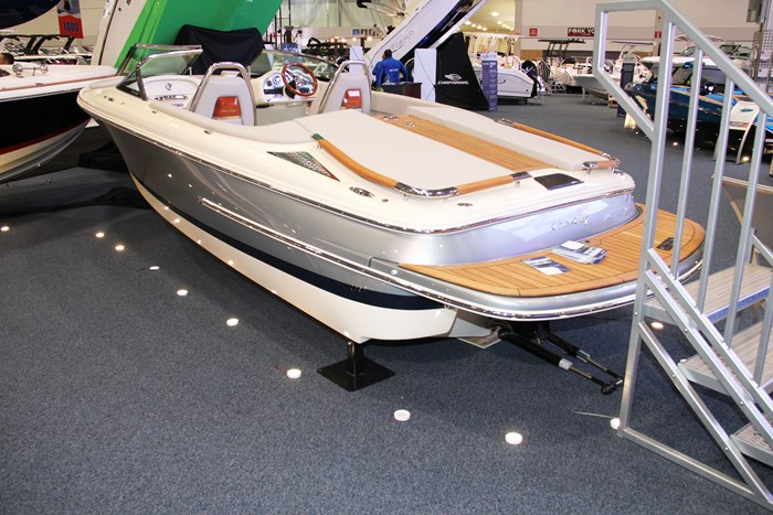 chris craft carina 21 port
