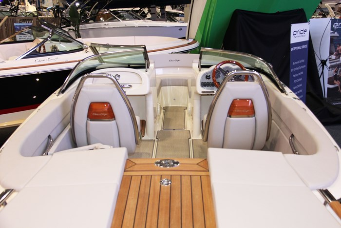 chris craft carina 21 rear seats