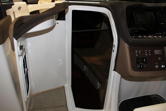 cobalt r35 door cuddy