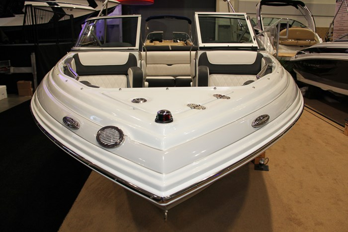 crownline 215 ss bow