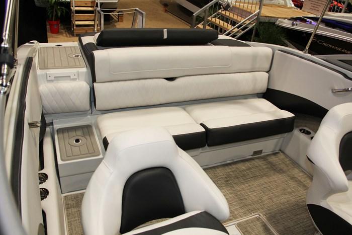 crownline 215 ss stern seat