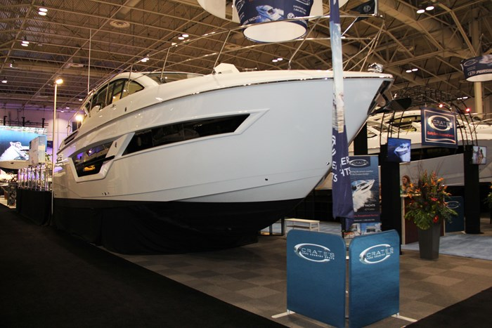 cruisers yachts 46 cantius bow