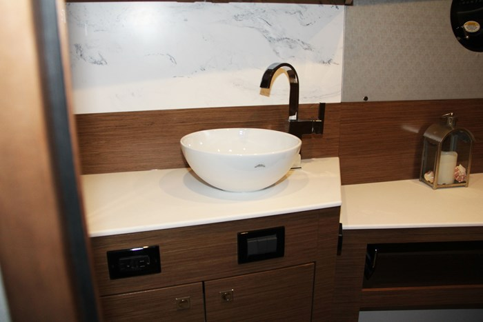 cruisers yachts 46 cantius sink