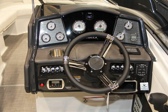 formula 24 br helm close up