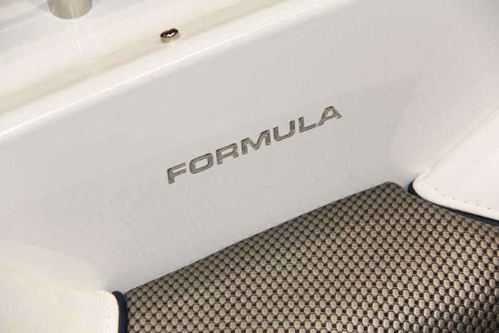 formula 24 br name side