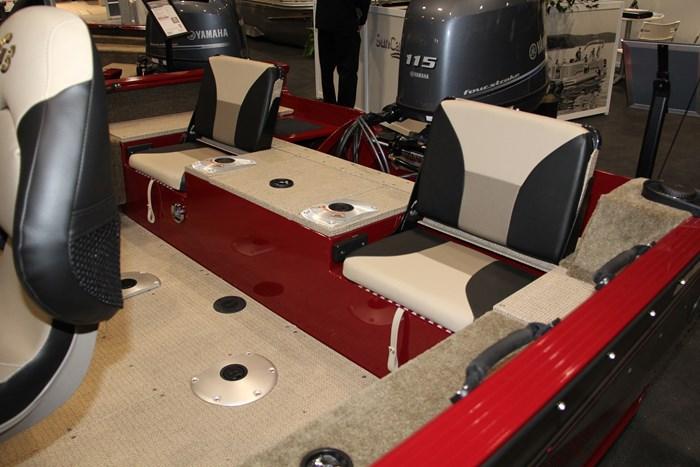 G3 angler v17 sf seat