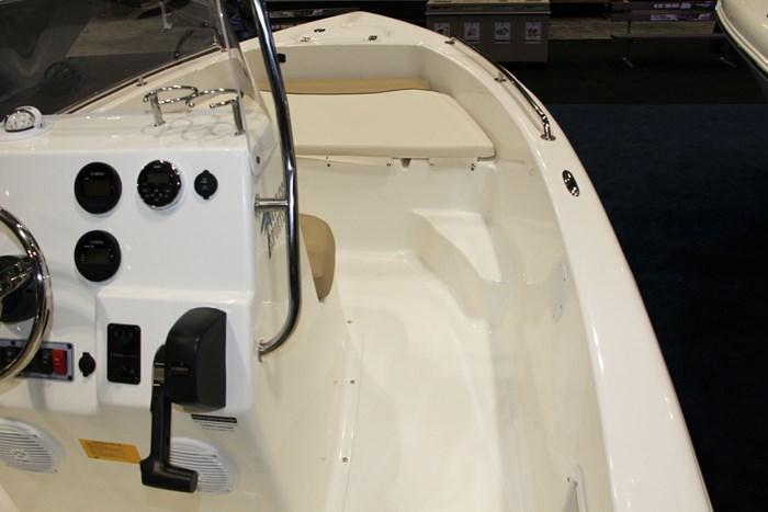 Key west 176 cc center console