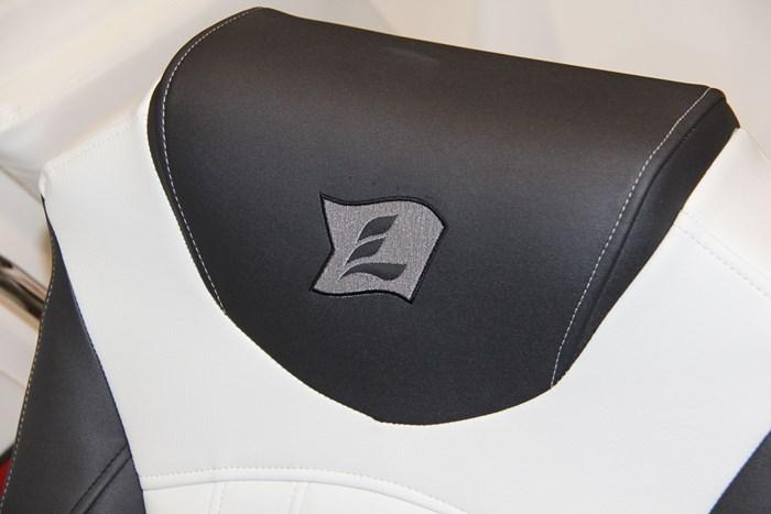 larson lxh logo