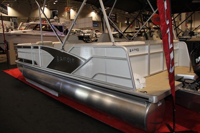 Lund zx 230 ds pontoon side stern
