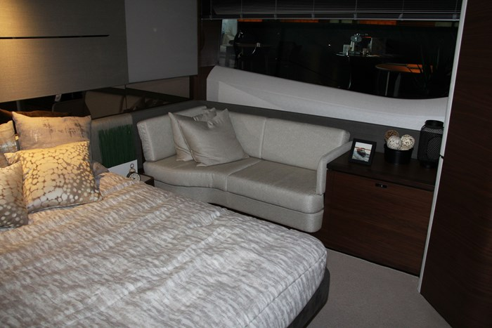 princess v60 yacht bed couch