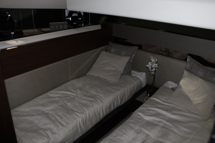 princess v60 yacht beds