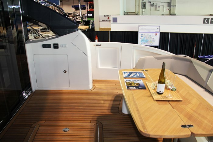princess v60 yacht floor