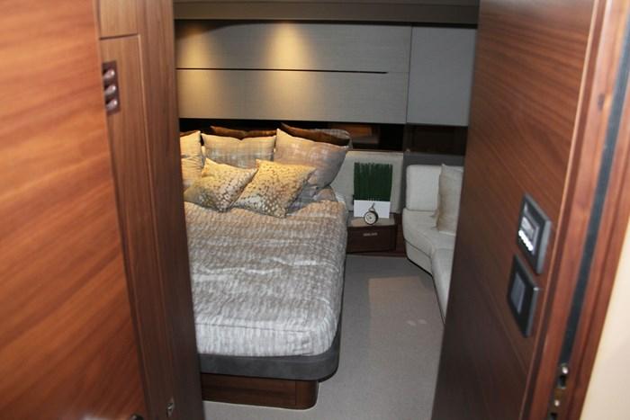 princess v60 yacht guest bedroom
