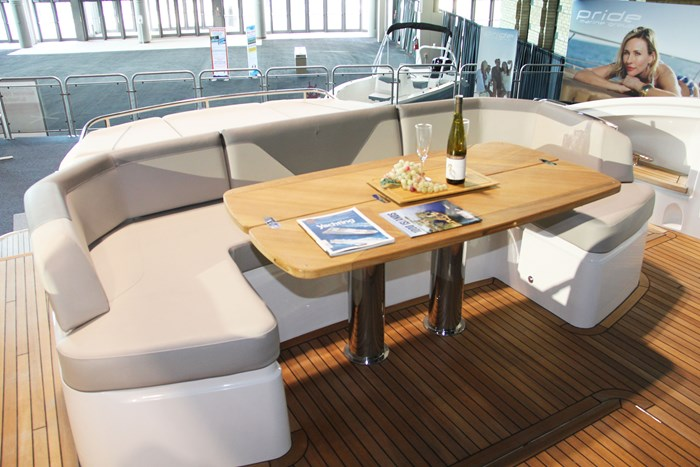 princess v60 yacht table seat