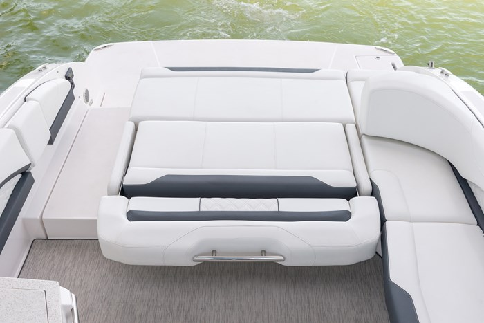 regal 3300 br stern flip seat down