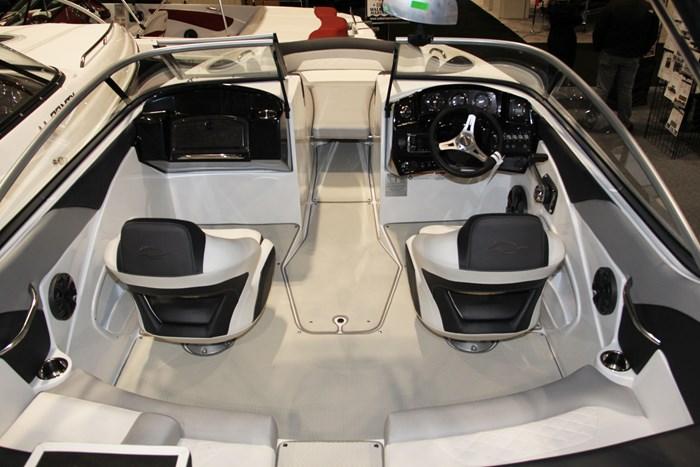 rinker 20mtx cockpit