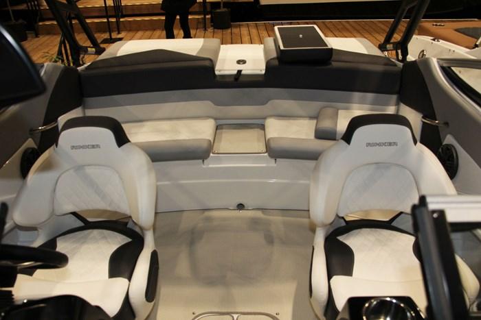 rinker 20mtx seats