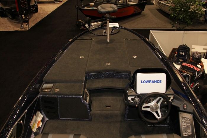 skeeter fx20 bass boat floor