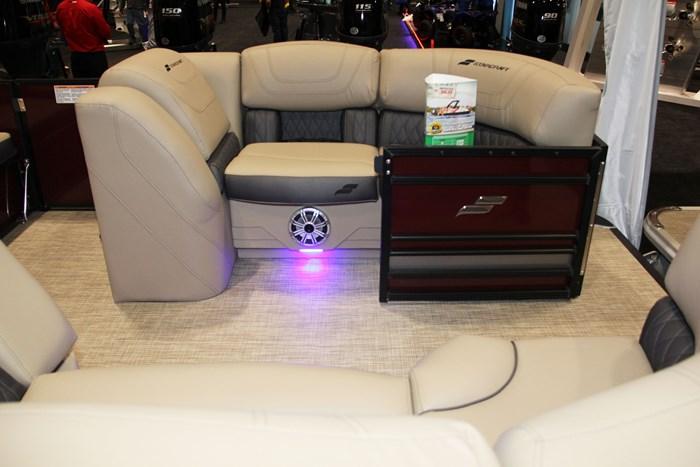 starcraf cx 23 q seat