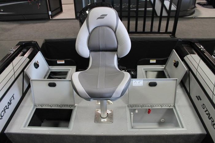 starcraft renegade 188 dc seat storage