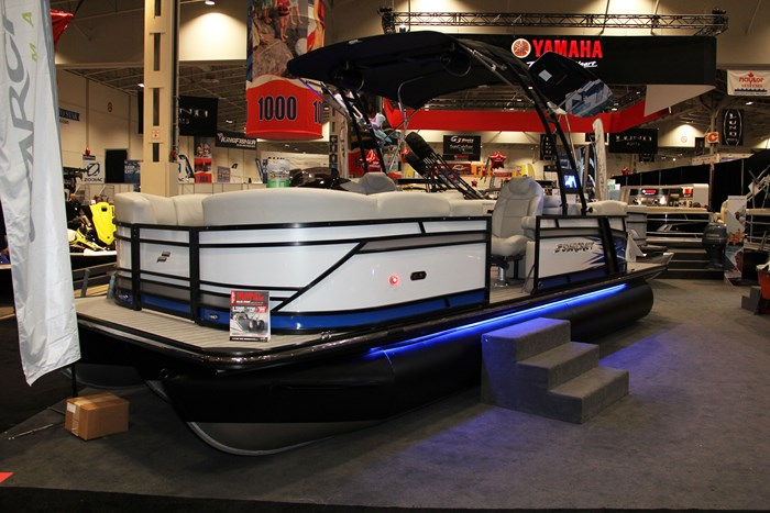 2019 Starcraft SLS 3 Pontoon Boat Review - BoatDealers ca