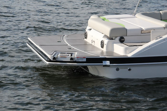 starcraft sport star step 220 stern