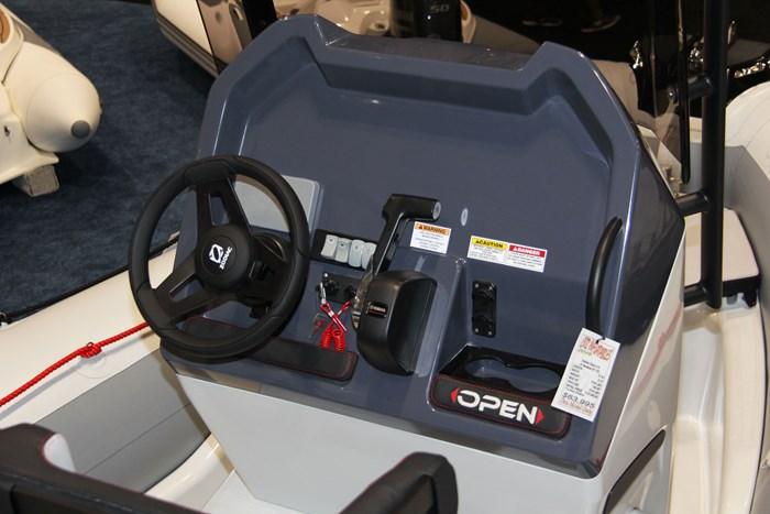 zodiac open 5.5 helm