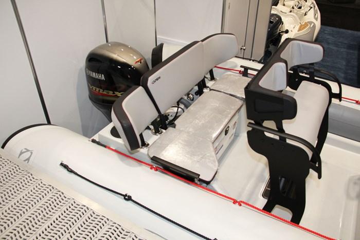 zodiac open 5.5 seat