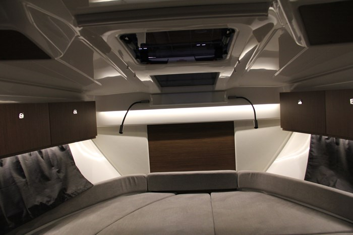 Beneteau antares 27 masterbed
