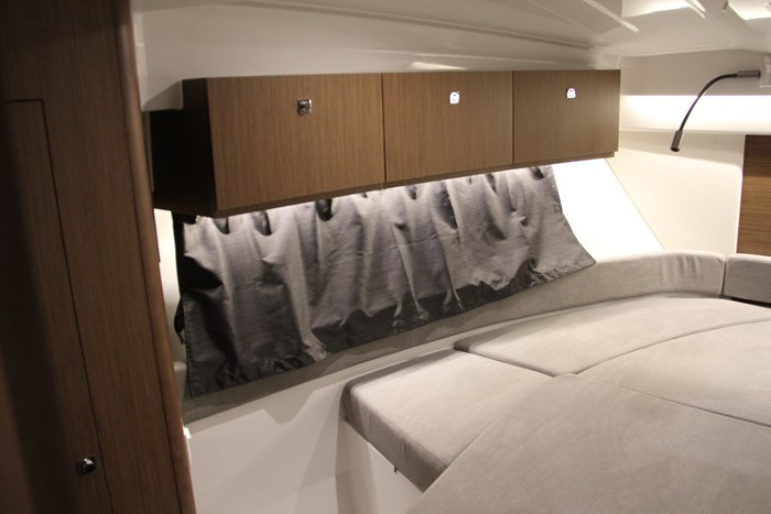 Beneteau antares 27 masterbed 1