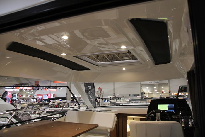 Beneteau antares 27 roof
