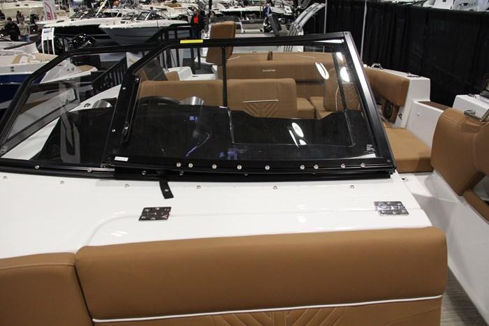 Glastron gtd 245 windshield