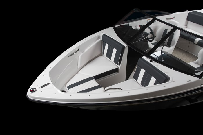 glastron gt 185 bow