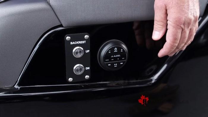 manitou-xt25-stereo