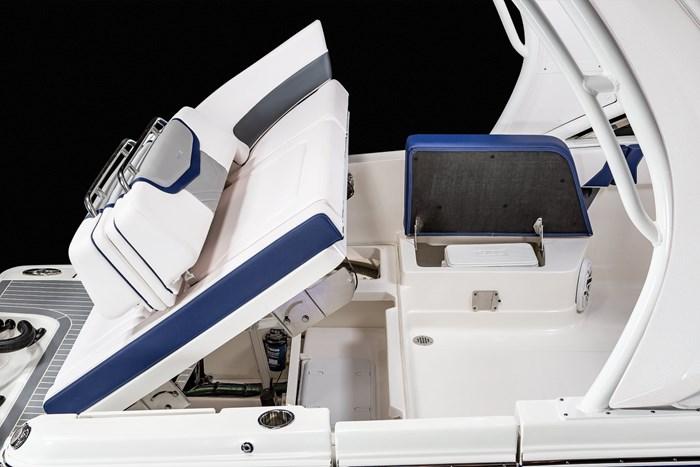 Chaparral OSX-300-hatch