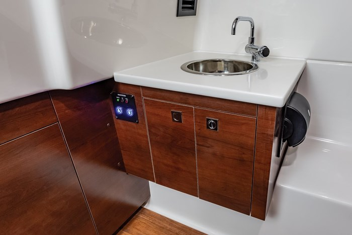Chaparral OSX-300-sink