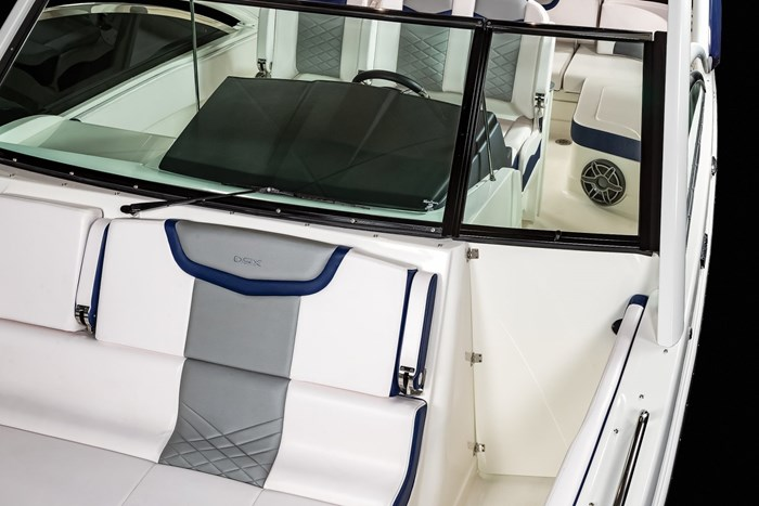 Chaparral OSX-300-windsheild