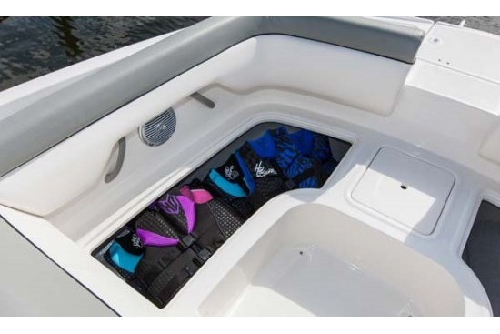 bayliner 190 deck boat seat storage